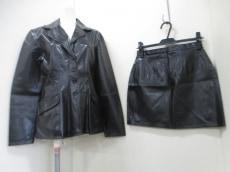MORGAN DE TOI(モルガン)のスカートスーツ