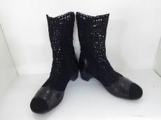 t.b(ティービー/センソユニコ)のブーツ