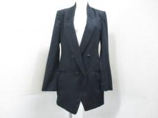 THE FIRST(ザファースト)のジャケット