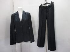 LA RIVA BIANCA(ラリバビアンカ)のレディースパンツスーツ