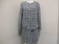 agnes b(アニエスベー)のワンピーススーツ
