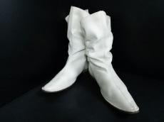 io comme io(イオコムイオ センソユニコ)のブーツ