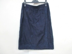 Haat(ハート)のスカート