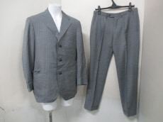 Cifonelli(チフォネリ)のメンズスーツ