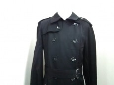H&M×COMMEdesGARCONS(エイチアンドエム×コムデギャルソン)のコート