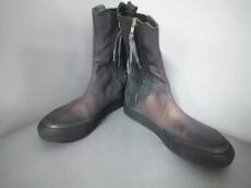 SILENT DAMIR DOMA(サイレントダミールドーマ)のブーツ