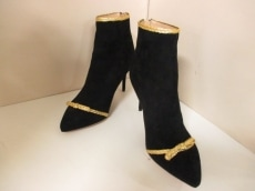Charlotte Olympia(シャーロットオリンピア)のブーツ