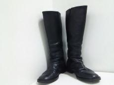 pour deux(プルドゥ)のブーツ