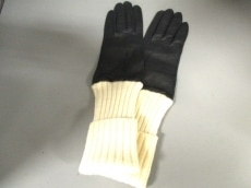 BRUNELLO CUCINELLI(ブルネロクチネリ)の手袋