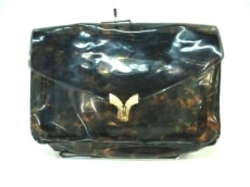 MUVEIL(ミュベール)のクラッチバッグ
