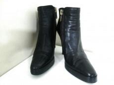 sharon wauchob(シャロンワコブ)のブーツ