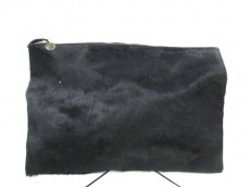 CLARE VIVIER(クレア ヴィヴィエ)のクラッチバッグ