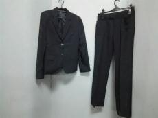 I.M.G.N(IMAGINAZIONE)(イマジナチオーネ)のレディースパンツスーツ