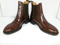 Loake(ローク)のブーツ
