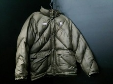 UMBRO(アンブロ)のダウンジャケット