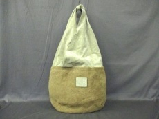 BRUNELLO CUCINELLI(ブルネロクチネリ)のショルダーバッグ