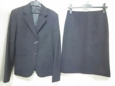 I.M.G.N(IMAGINAZIONE)(イマジナチオーネ)のスカートスーツ