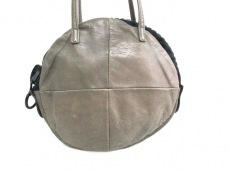 kawa-kawa(カワカワ)のショルダーバッグ