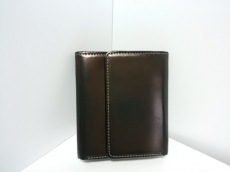Y's(ワイズ)のWホック財布
