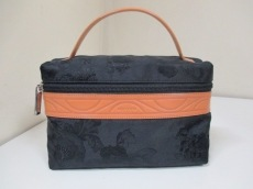 LEONARD(レオナール)のハンドバッグ