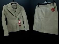 BLUMARINE ANNA MOLINARI(ブルマリン・アンナモリナーリ)のスカートスーツ