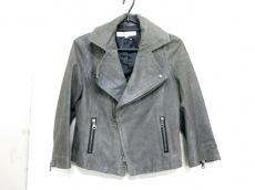 VOUS ETES(ヴゼット)のジャケット