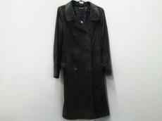 ELIE TAHARI(エリータハリ)のコート