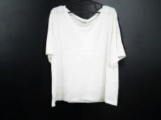 Acne(アクネ)のTシャツ