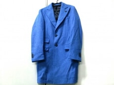 L'8(ロット)のコート