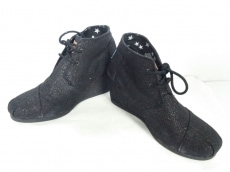 TOMS(トムス)のブーツ