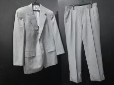 Gres(グレ)のメンズスーツ