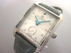 pelle morbida(ペッレモルビダ)の腕時計