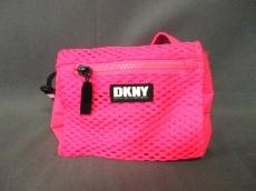 DKNY(ダナキャラン)のウエストポーチ