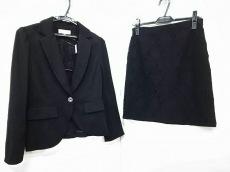 Debut de Fiore(デビュードフィオレ)のスカートスーツ