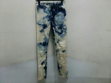 KSUBI(スビ)のジーンズ