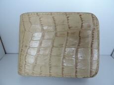ALZUNI(アルズニ)の2つ折り財布