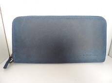 L´ARC DE ST.BERNARD(ラルクドゥサンベルナール)の長財布