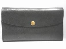 amiacalva(アミアカルヴァ)の長財布