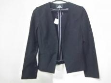 wb(ダブリュービー)のジャケット