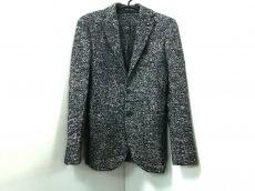 L'8(ロット)のジャケット