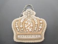 ANTEPRIMA(アンテプリマ)のブローチ
