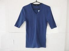 NOID(ノーアイディー)のTシャツ