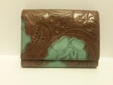 L&KONDO(ルコンド)の2つ折り財布