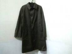hLam(ラム)のコート