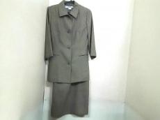 NATURAL BEAUTY BASIC(ナチュラルビューティー ベーシック)のワンピーススーツ