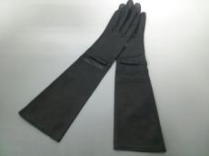 tibi(ティビ)の手袋