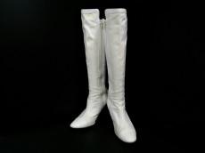 BODY DRESSING Deluxe(ボディドレッシングデラックス)のブーツ
