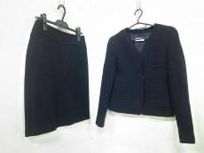 DRIES VAN NOTEN(ドリスヴァンノッテン)のスカートスーツ