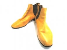 BELTRAMI(ベルトラミ)のブーツ
