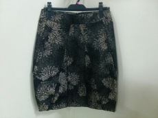 HUGOBOSS(ヒューゴボス)のスカート